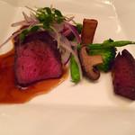 レストラン フィオーレ - メインの牛ロース