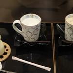 59170311 - 大内山牛乳たっぷりほうじ茶ラテと大内山牛乳たっぷりなめらかプリン