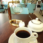 カフェ箱塚 - コクの深いコーヒーをセレクト