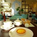 カフェ箱塚 - フロマージュとコーヒーのセット