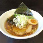シロサキ - 醤油ラーメン(700円)