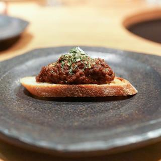 炭火焼肉 なかはら - 料理写真:ラグーソースのクロスティーニ