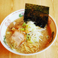 東京屋台らーめん 翔竜 - ブタとトリをたっぷり使った、しょうゆラーメン、二番味!
