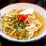 栄町ボトルネック - 黄金スープが美しい「半そば」肉なし