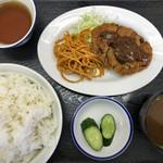 京都だるまや食堂 - ミンチカツ定食 ¥450 + ごはん大盛り ¥30