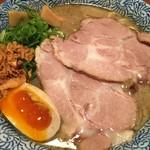 59186651 - 特製ニボ鶏豚(トクセイニボトリトン) ¥780