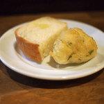 ROCCO - ランチのパン