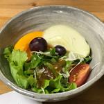 和みのひと時 こころ塾 - フルーツ入りのサラダ