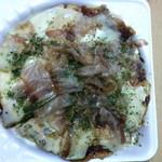 みと - 料理写真:お好み焼き(エビチーズ)