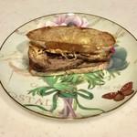 フィリーズ - 料理写真:サンド、306円です。