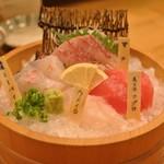 Yoshizakishokudou - 刺身三点盛り ¥1380