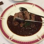 イル・ブルスケッタ - 牛肉のステーキ