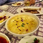 上海滴水洞 茂名南路店 - 滴水洞茶碗蒸し 25元(450円)                             唐辛子の風味が面白い茶碗蒸しではあるものの・・もうこの程度の唐辛子では満足できなくなってる自分がいる。