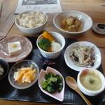玄米庵 - 小鉢セット
