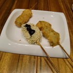 串カツとワイン 揚八 - 生麩おかわり       海老の紫蘇巻など