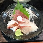 59205830 - 日替わり煮魚定食に付いてる小鉢の三点盛り