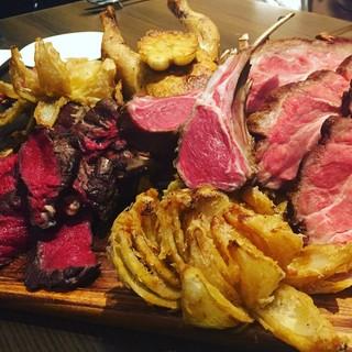 夏は肉ですよね!!