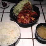 東京トンテキ - トンテキ定食200g(1050円)
