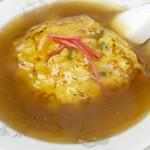 宝楽 - 料理写真:天津飯セットの「天津飯」。中にはプリプリのエビがゴロゴロ〜