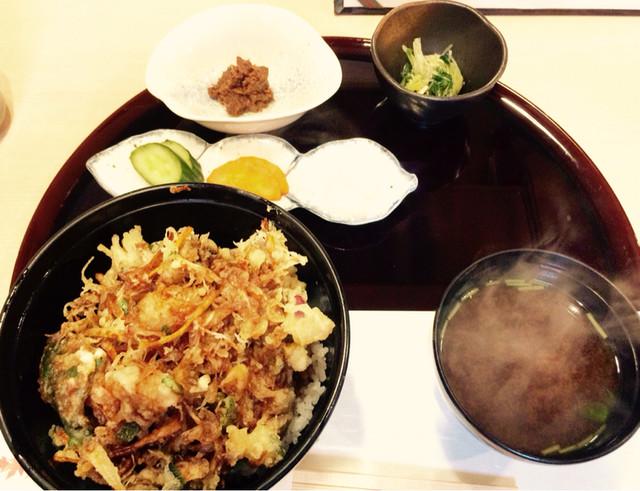 日本料理 まつい>