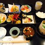 59217757 - お松弁当 2000円