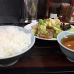 味一番 - 肉野菜炒め定食