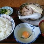 ドライブインのざき - 肉鍋定食 880円