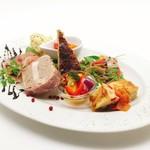 塊肉ステーキ&ワイン Gravy'sFactory - 前菜盛り合わせ Lサイズ