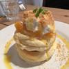 イーズカフェ - 料理写真:2016年11月24日  オレンジレアチーズパンケーキ。 ドリンクセットで1100円。