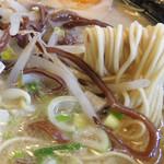 ラーメン花道 - バリカタで頼んだ超細麺は、最後までザックザク♪