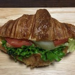 オー・ボン・サンドイッチ ビゴ - 合鴨ロースと野菜 486円