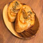 Sorriso - エビとマッシュルームのブルスケッタ