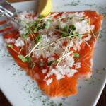 ブルワリー レストラン オラホ - 信州サーモンのカルパッチョ