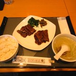 伊達の牛たん本舗 仙台駅3階 牛たん通り店 - 牛タン定食 1780円