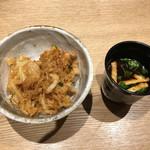 くずし割烹 天ぷら竹の庵 - 天丼・赤だし
