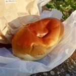 パンの田島 - [2016/11]モンブランクリーム&生チョコクリーム(260円)