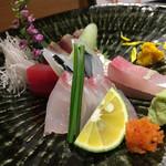 食・心 旬ぎく - 旬地魚の刺身盛り合わせ