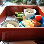 ぎゃらりぃかふぇ華野 - 料理写真:ランチ御膳