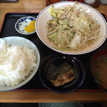 百万両食堂 - 料理写真:野菜炒め定食=550円