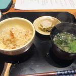 かま田 - ⑧鯛飯、味噌汁