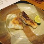かま田 - ⑧白甘鯛塩焼き。肉が食べられない家内に阿波牛の代わりに。