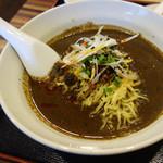 タオタオ - 坦々麺ランチ、黒ゴマ坦々麺