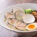 らーめん キング - 料理写真:魚介塩らーめん(はまぐり)
