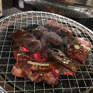 牛家 - お肉を炭火焼き