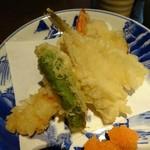 北前船 - 天ぷらはキス、海老、シシトウ、サツマイモ