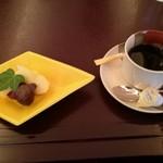 59260973 - デザートと、コーヒー
