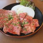 焼肉レストラン ソウル - 上ロース(1,980円)と上カルビ(1,980円)