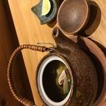 うろこ雲 - ヤガラと松茸の土瓶蒸し