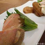 漁港直送鮮魚と四季折々の日本酒 魚と味 - お通し