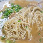 基峰 - 濃いスープは美味いのなんの。